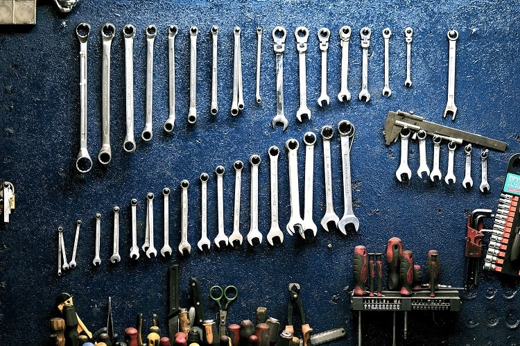wall of various tools