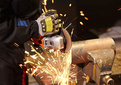 grinding steel with an angle grinder