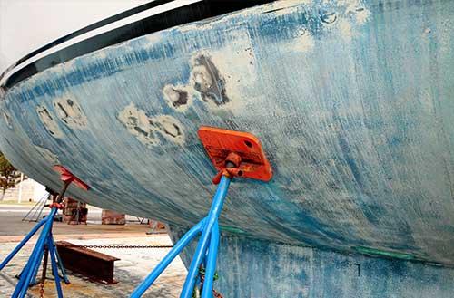 Riparare Una Barca Come Sistemare Crepe E Graffi In 8 Semplici Passi