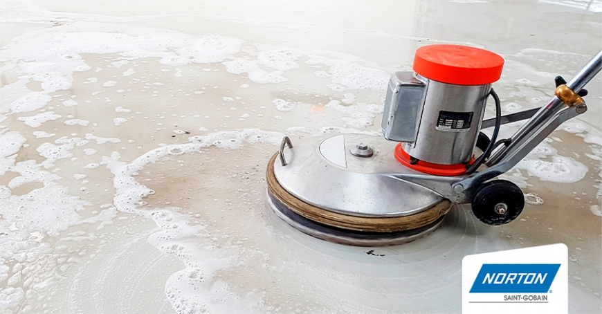 como-pulir-el-piso-de-cemento-alisado