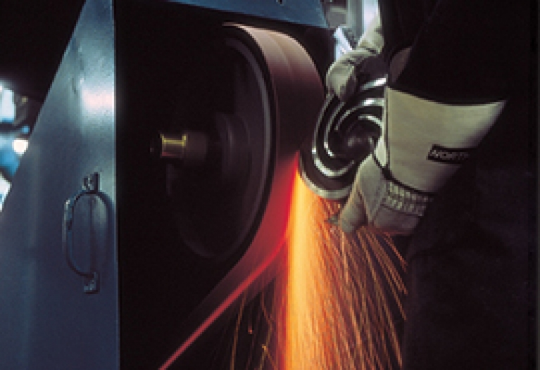Expertise - Abrasive Belt Safety - Offhand Grinding