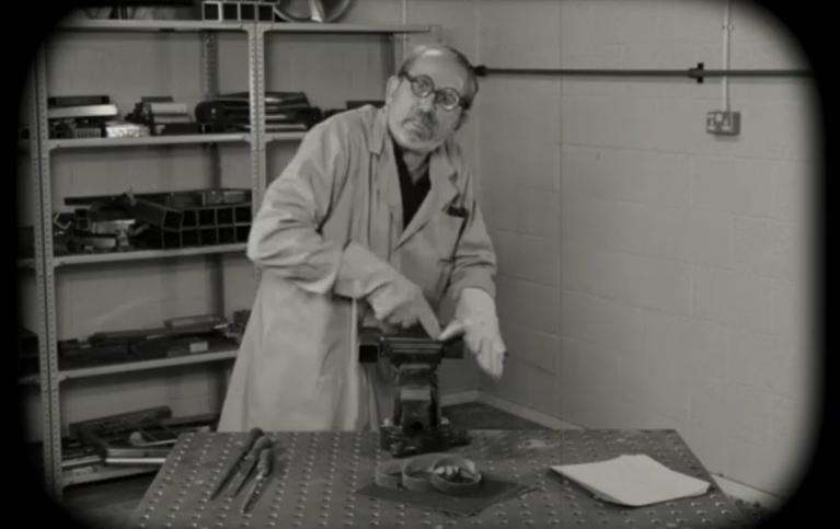 usuwanie metalu krążkami lamelkowymi