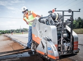 Best Practices - Construction - Flat Saw cutting asphalt