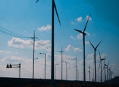 Abrasives in the wind turbine industry