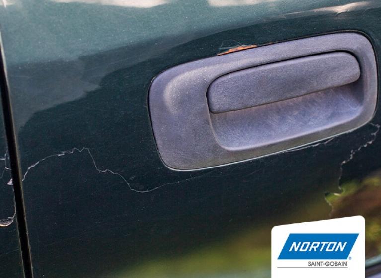 evitar errores al pulir y repintar los autos