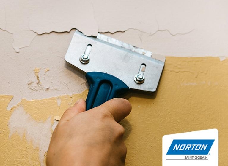 card-Tips-para-retirar-las-capas-de-pintura-vieja-de-la-pared