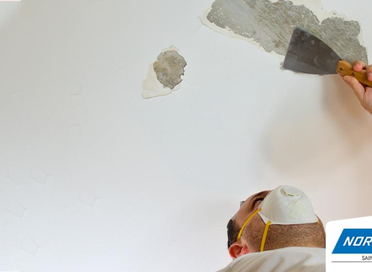 como-reparar-grietas-en-el-techo-de-la-casa