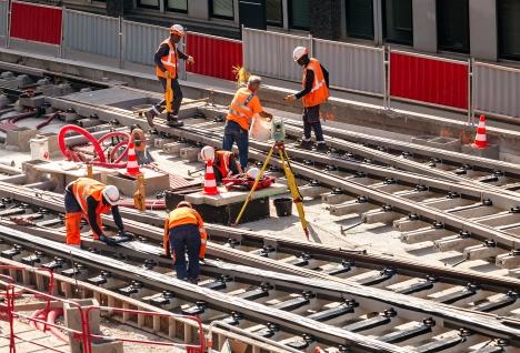 naprawa o konserwacja szyn kolejowych