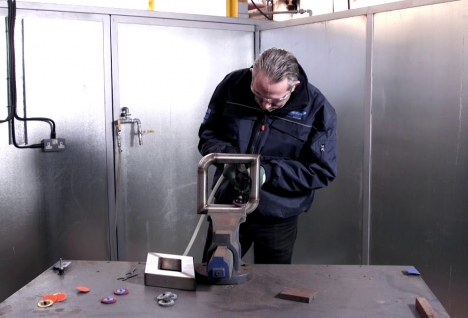 weld_removal_with_the_norton_mini_angle_grinder_105bcedec10f2cd