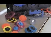 le kit mini meuleuse d'angle Norton pour décaper, ébavurer et enlever le métal de la surface de votre carrosserie