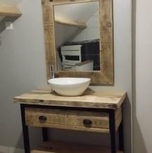 Miroir coulissant salle de bain moderne