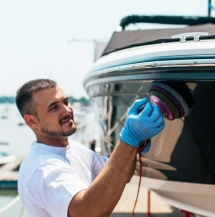 yacht polishing