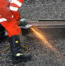 Schienen-entgraten